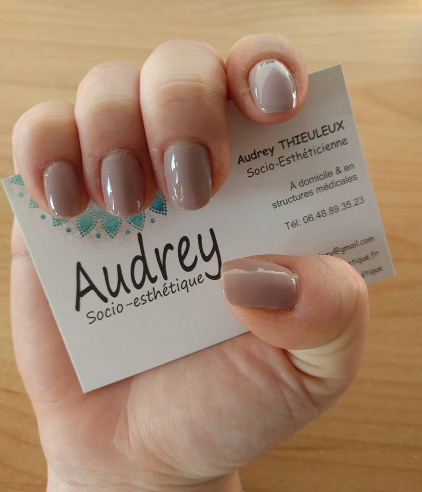 Manucure par Audrey Socio-Esthétique